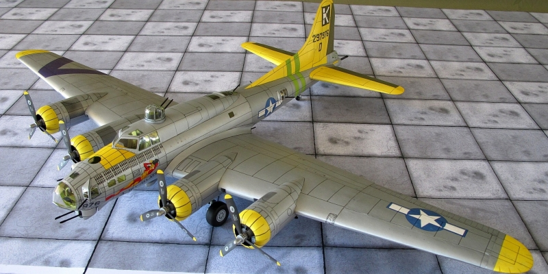 """B-17 G  """"Flying fortress"""""""