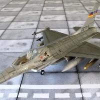 """F-16 C  """"Fighting falcon"""""""